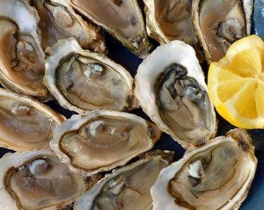牡蠣にあたると症状は?腹痛、下痢、吐き気、嘔吐?期間は?!