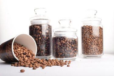 コーヒー豆の最適な保存方法は?場所、容器など守るべきこと!